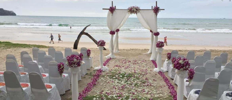 Phuket-beach-club-wedding-flowers-9