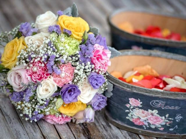Wedding bouquets by wedding fowers phuket (224)