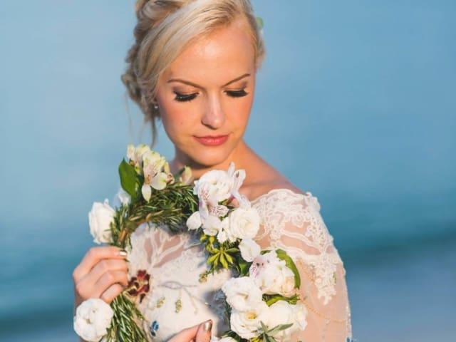 Wedding bouquets by wedding fowers phuket (248)